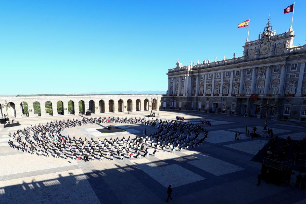 """El Rey pide superar la crisis del coronavirus con """"respeto y ..."""