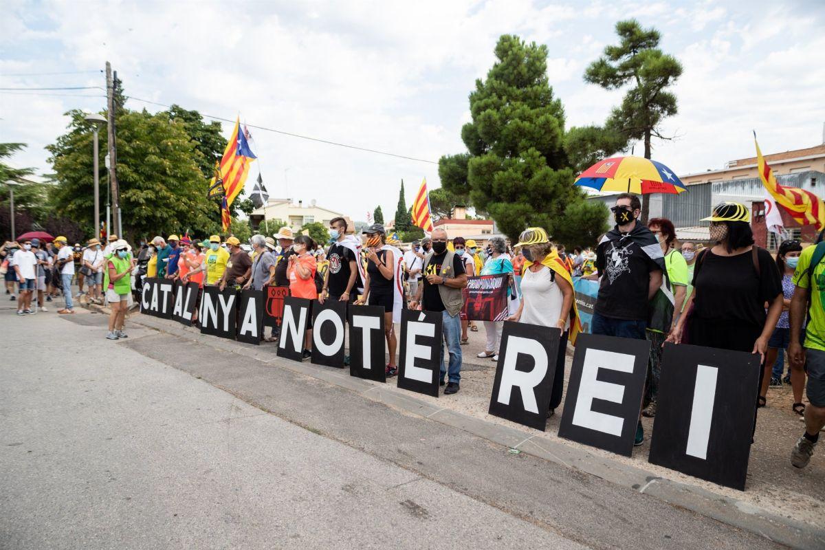 Concentración en Tarragona contra la visita de los Reyes. E. P.