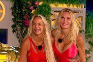 Leticia y Yola, ganadoras de 'La casa fuerte'