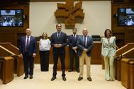 El grupo parlamentario de PP-Cs tras acreditarse en el Parlamento.