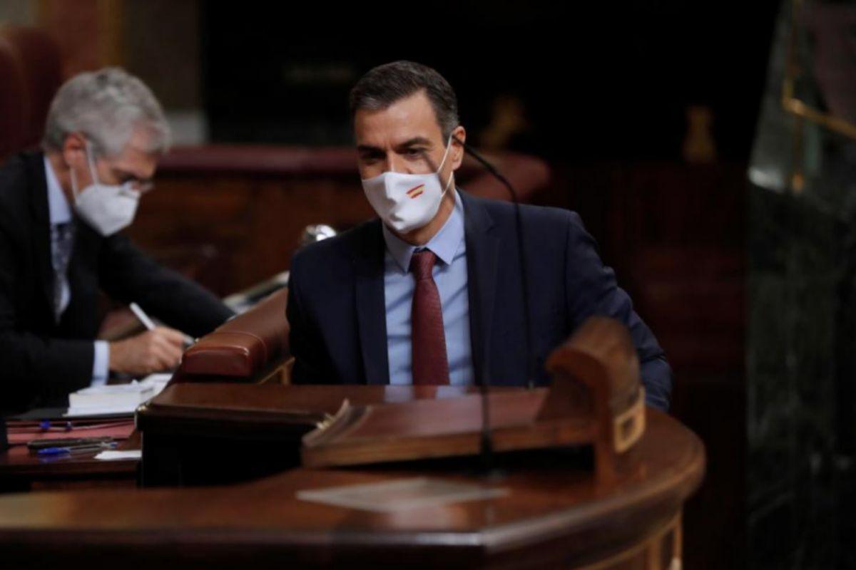 Pedro Sánchez, momentos antes de su intervención en el Pleno del Congreso.