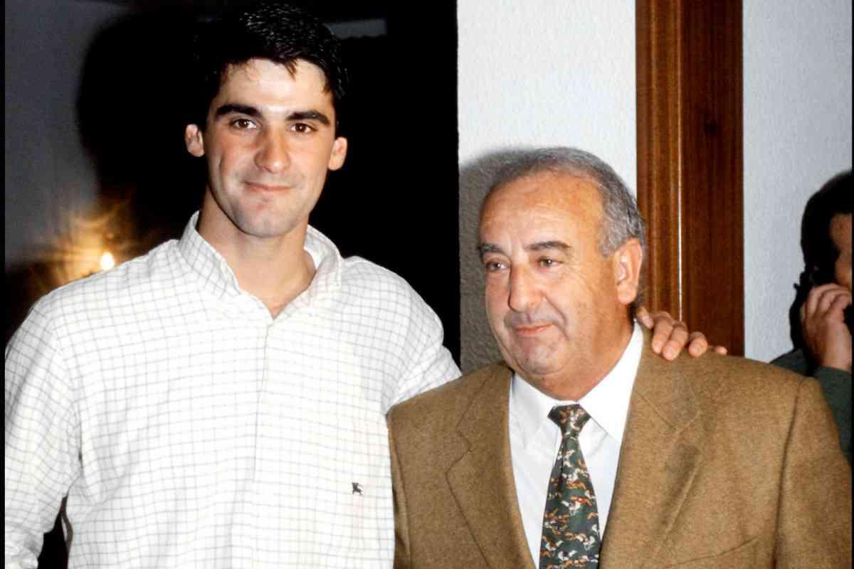 Jesulín de Ubrique, junto a su padre, Humberto, en 2001. Aún se llevaban bien.