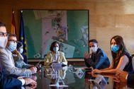 Un momento de la reunión entre el Gobierno y Ciudadanos celebrada en La Moncloa.