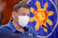 El presidente de Filipinas, Rodrigo Duterte, con mascarilla.