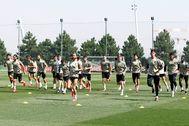 GRAF5861. lt;HIT gt;MADRID lt;/HIT gt;.- Los jugadores del lt;HIT gt;Real lt;/HIT gt; lt;HIT gt;Madrid lt;/HIT gt; durante el entrenamiento con el que la plantilla regresó al trabajo después de una semana de descanso tras la conquista de su Liga número 34 e iniciar la preparación del duelo contra el Manchester City de la Liga de Campeones. Realmadrid.com SOLO USO EDITORIAL/NO ARCHIVO/NO VENTAS