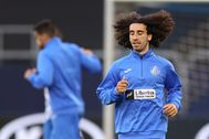 Gelsenkirchen (Germany), 04/08/2020.- Cucurella of lt;HIT gt;Getafe lt;/HIT gt; FC (R) during the training of lt;HIT gt;Getafe lt;/HIT gt; FC at the stadium in Gelsenkirchen, Germany, 04 August 2020. Inter and lt;HIT gt;Getafe lt;/HIT gt; will face each other in a UEFA Europa League Round of 16 one-leg match in Gelsenkirchen on 05 August. (Alemania) EFE/EPA/Lars Baron / POOL