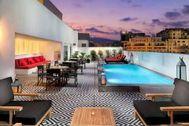 Los 12 hoteles más apetecibles para disfrutar en agosto sin salir de España