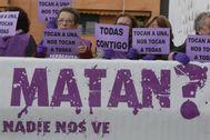 Manifestación de apoyo a la víctima que denunció abusos de 'La Manada' en Pozoblanco (Córdoba).