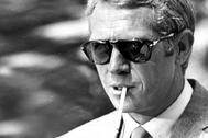 Steve McQueen en el set de rodaje del filme 'The Thomas Crown Affair' el 30 de junio de 1967.