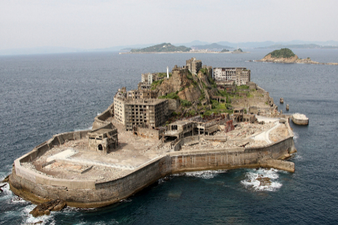 Hashima, el barco-isla más deprimente del planeta