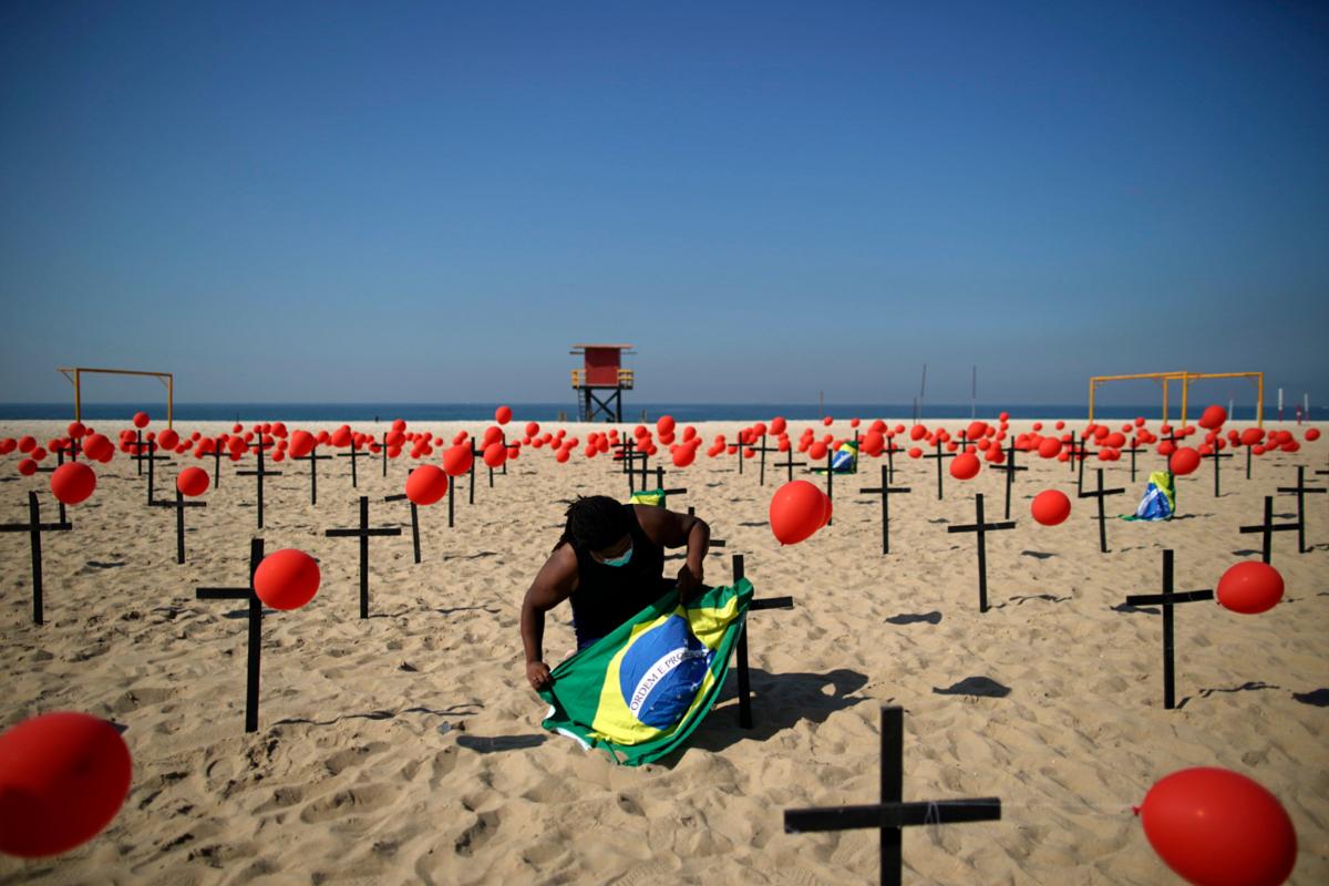 Brasil, segundo país en superar las 100.000 muertes por coronavirus