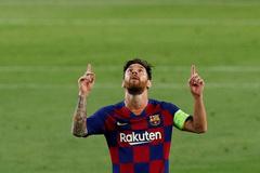 Champions League - Round of 16 Second Leg - FC Barcelona v Napoli
