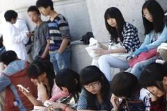 """El negocio de los másteres para chinos: """"Entre ellos se ha corrido la voz de que aquí es fácil"""""""