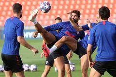 Diego Costa, el sábado, durante el último entrenamiento del Atlético.