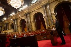 GRAFCAT505 BARCELONA, 7/8/2020.- El presidente de la Generalitat, lt;HIT gt;Quim lt;/HIT gt; lt;HIT gt;Torra lt;/HIT gt;, durante su intervención inicial este mediodía del pleno extraordinario del Parlamento de Cataluña, solicitado por el mismo, para abordar la decisión del rey Juan Carlos de trasladarse fuera de España, sobre la que se posicionarán los diferentes grupos parlamentarios mediante sus propuuestas de resolución.