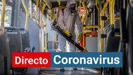 MIlitares desinfectan el transporte público en Brasil.