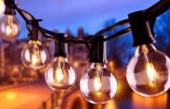 Luces LED y lámparas solares: crea ambientes de fiesta o íntimos en tu casa