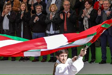Un himno para País Vasco y Navarra: lo que no unió la política que lo haga la música