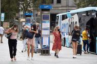Ambiente en la plaza Cataluña de Barcelona hace unos días