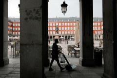 Javi Martinez. 11/8/2020. lt;HIT gt;Madrid. lt;/HIT gt; Comunidad de lt;HIT gt;Madrid. lt;/HIT gt; Reportaje sobre las consecuencias en la economia por consecuencia de la crisis del lt;HIT gt;covid lt;/HIT gt;-19 en lt;HIT gt;Madrid lt;/HIT gt;. Coronarus. Plaza Mayor. Terrazas