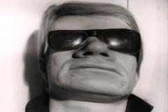 """Andy Warhol, el desmadre entendido como una de las bellas artes: """"Uno es una compañía, 2 son multitud y 3 una fiesta"""""""