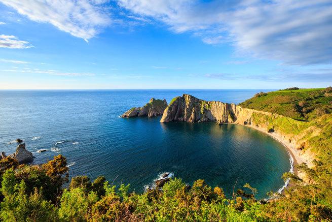 Ruta salvaje por las playas de Asturias, las mejor conservadas de toda España