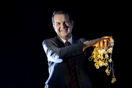 El alcalde de Vigo Abel Caballero con las luces de Navidad.