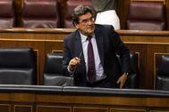 El ministro de Seguridad Social, José Luis Escrivá, durante una intervención en el Congreso.