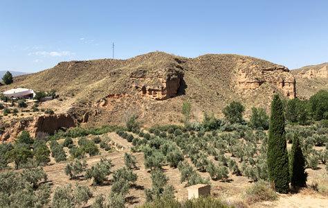 Vista de los alrededores de la casa-cueva.