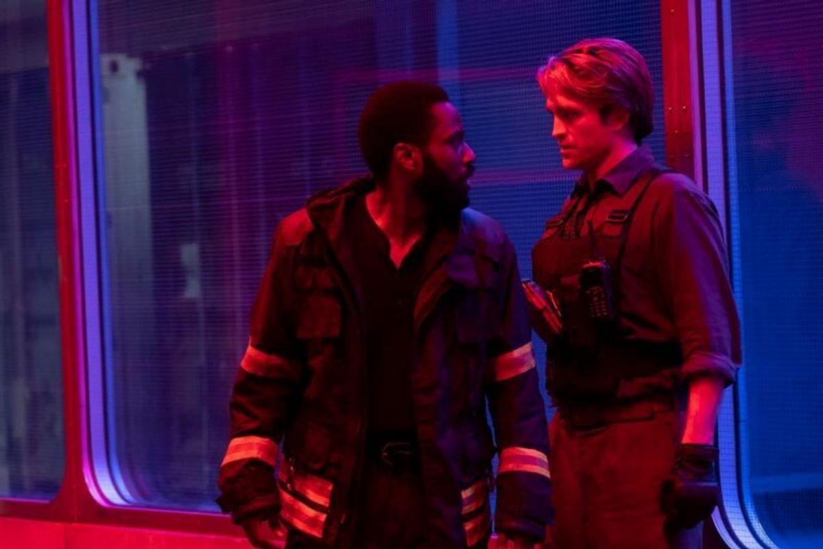John David Washington y Robert Pattinson en 'Tenet'.