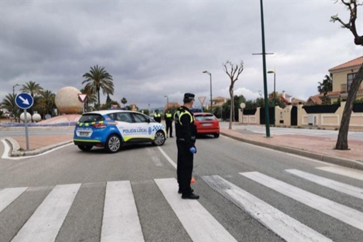 La Policía Local De Alhaurín De La Torre En Cuadros Por Un Brote De Covid 19 Andalucía