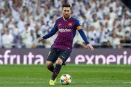 Messi, durante un clásico en el Bernabéu, en 2019.