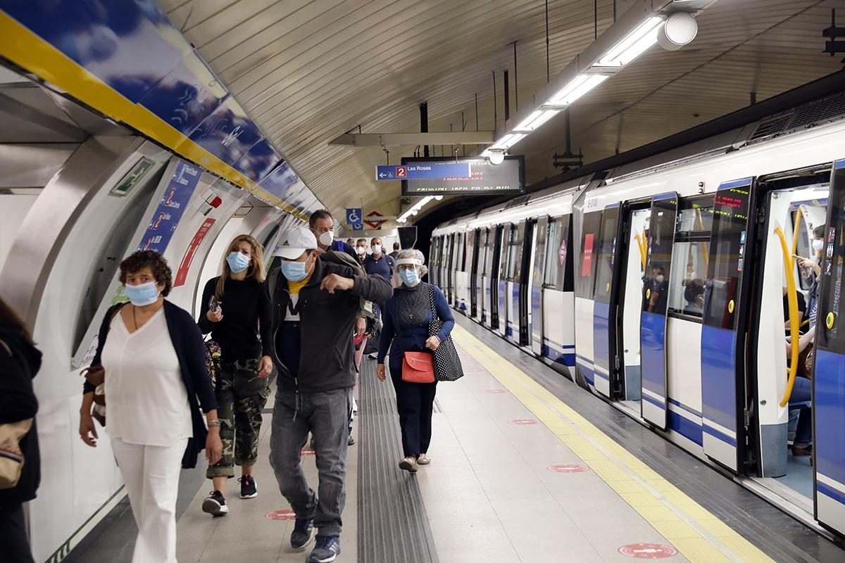 España renunció al reparto de mascarillas de la UE en el pico más duro de la pandemia