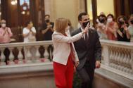 Forcadell, flanqueada por Torrent en su regreso al Parlament.