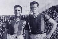 Zubieta, a la derecha, en un partido con San Lorenzo en Barcelona.