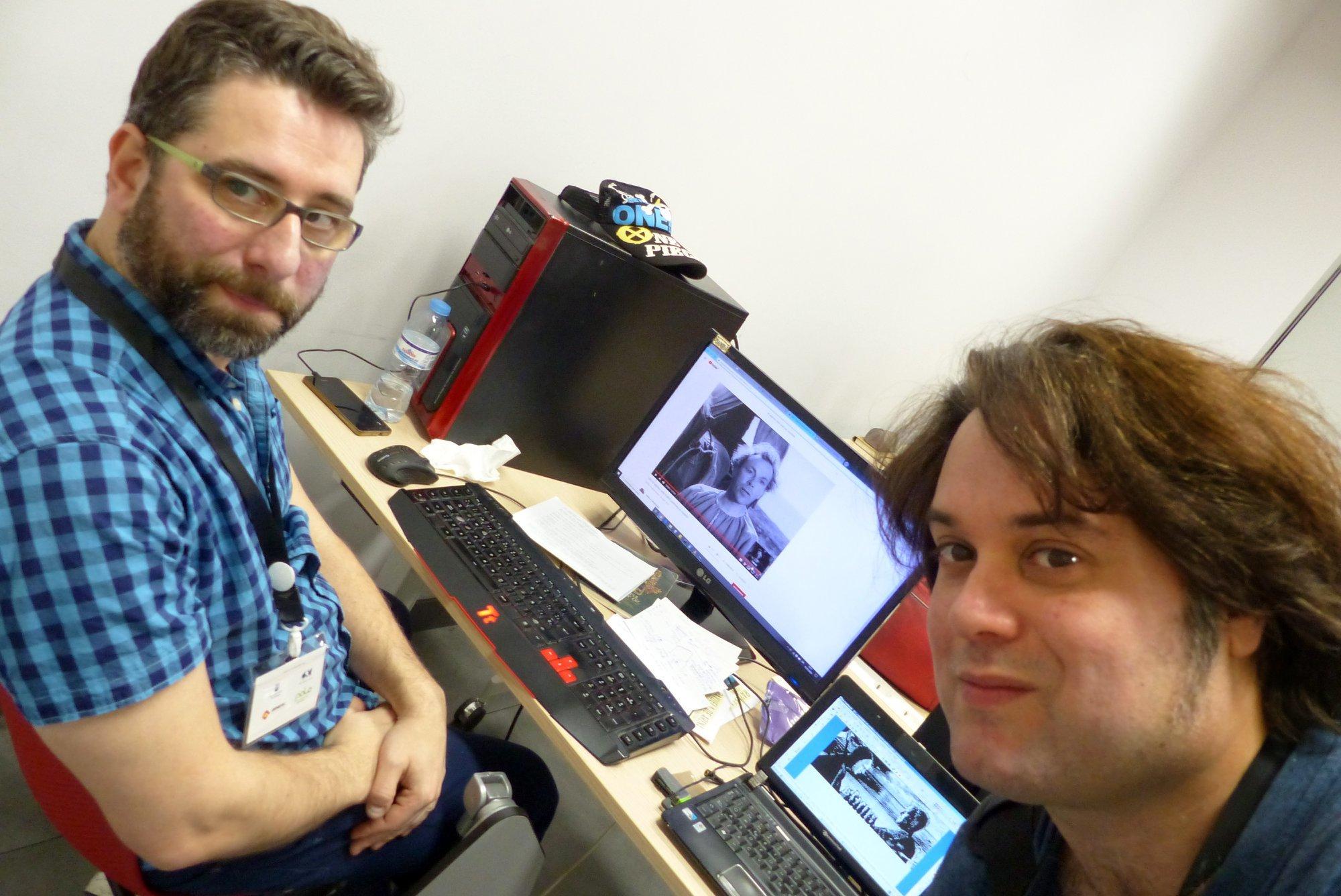 Los creadores del videojuego, Rubén y Fran.