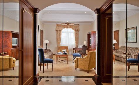 Una de las habitaciones del cinco estrellas portugués.