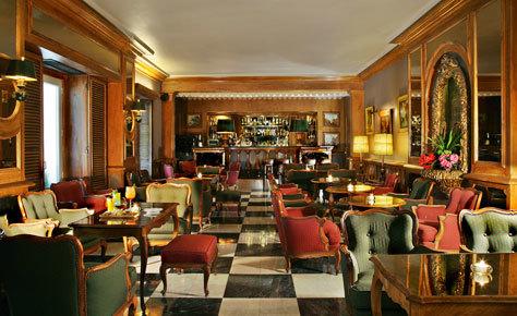 El legendario bar Estoril.