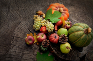 Los primeros sabores del otoño: manzanas, peras, uvas y calabazas.