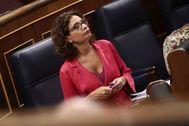 10/09/2020 00:00 La ministra de Hacienda, María Jesús lt;HIT gt;Montero lt;/HIT gt;, en su escaño en el Congreso durante una sesión plenaria, en Madrid (España), a 10 de septiembre de 2020. EUROPA PRESS/E. Parra. POOL - Eu Europa Press No usar Nunca 10/09/2020 La ministra de Hacienda, María Jesús lt;HIT gt;Montero lt;/HIT gt;, en su escaño en el Congreso durante una sesión plenaria, en Madrid (España), a 10 de septiembre de 2020. En el pleno de hoy, el Congreso debate, entre otras cuestiones, el acuerdo sobre la cesión al Ejecutivo de los remanentes de los ayuntamientos para paliar los efectos económicos del coronavirus y la aplicación o no de la eutanasia. POLITICA EUROPA PRESS/E. Parra. POOL - Europa Press