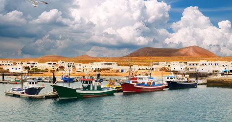 Puerto de la isla de La Graciosa.
