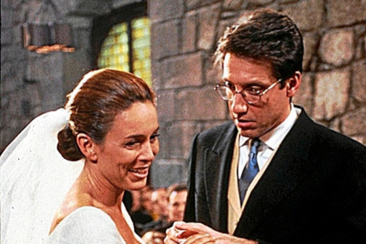 La boda entre Nacho (Emilio Aragón)y Tía Alicia (Lydia Bosch) fue uno de los capítulos más vistos de la historia de la televisión.