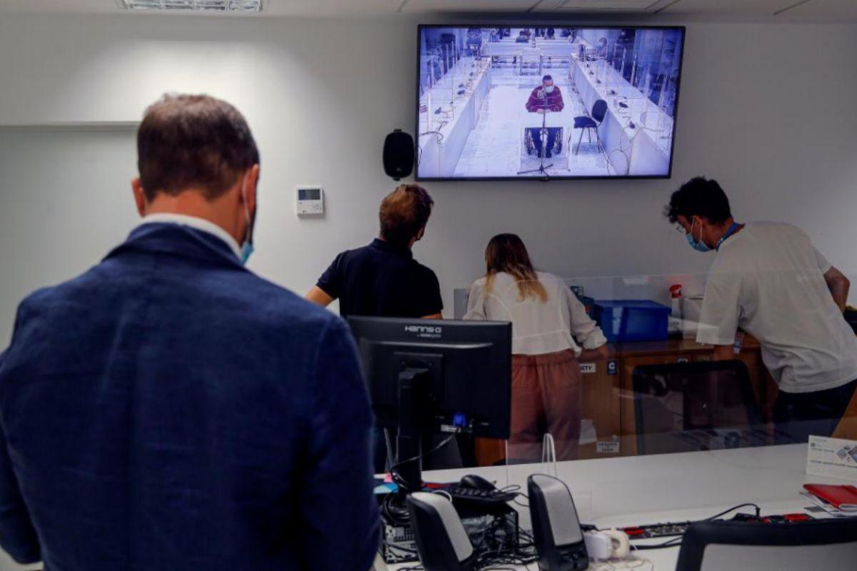 Vista de la sala de prensa de la Audiencia durante la lectura de la sentencia.