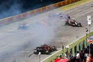 El choque de Sainz, Magnussen y Giovinazzi, en la recta de Mugello.