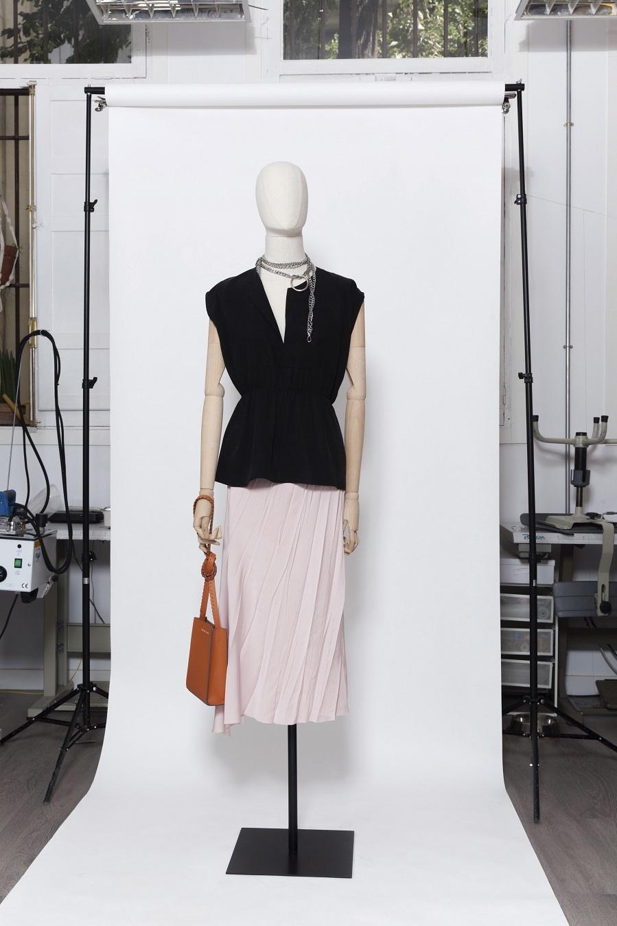 Presentación de Moisés Nieto - Colección primavera-verano 2021 - 72 edición Mercedes-Benz Madrid Fashion Week