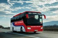 El viaje en autobús más largo del mundo: 18 países en 70 días de Nueva Delhi a Londres