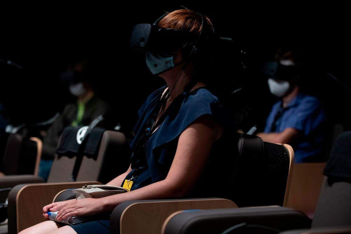 Viaje al interior de un violín (y de la clásica) en realidad virtual