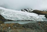 Al Machu Picchu le sale un competidor turístico en Perú: un glaciar (aún) desconocido llamado Pastoruri