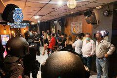 Sancionadas más de 40 personas por celebrar fiestas para negacionistas del Covid