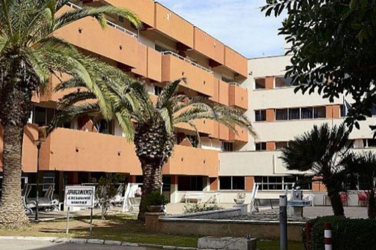 Fachada de la residencia Bonanova en Palma.